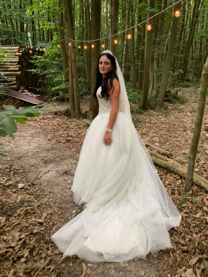 Image of Kelly on her Wedding Day
